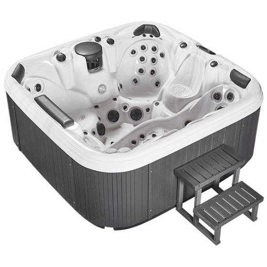Hot Tub with lounger